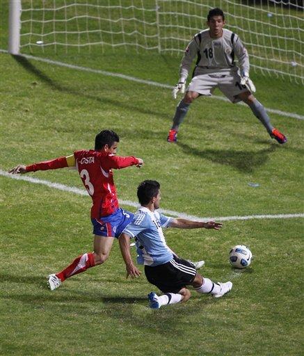 صور لقاء الأرجنتين Vs كوستاريكا Ap-201107112304830414149