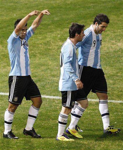 صور لقاء الأرجنتين Vs كوستاريكا Ap-201107112321840874157