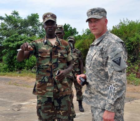 Les Forces Armées du Libéria / Armed Forces of Liberia ( AFL ) 450x388_q75