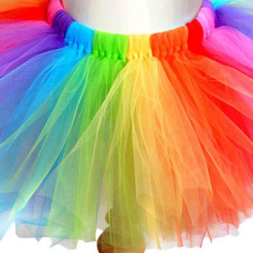 اصنعي فستان رائع من التل بدون خياطة Rainbow_tutu_close_up_folksy