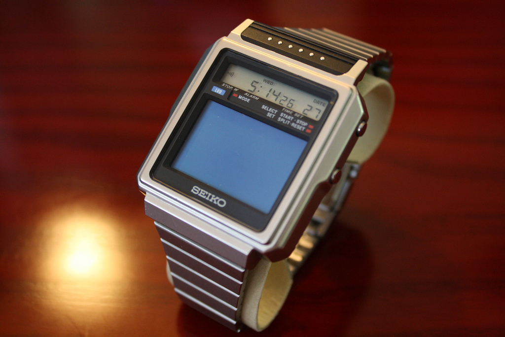 Seiko's T001 TV Watch from the early 1980's Seiko-T001-6