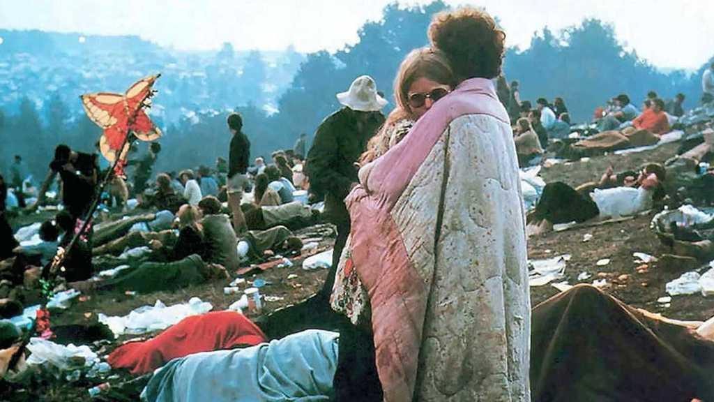 Desafio vinilico para o mês de março  - Página 3 Woodstock_Film-Image5-2000-2000-1125-1125-crop-fill