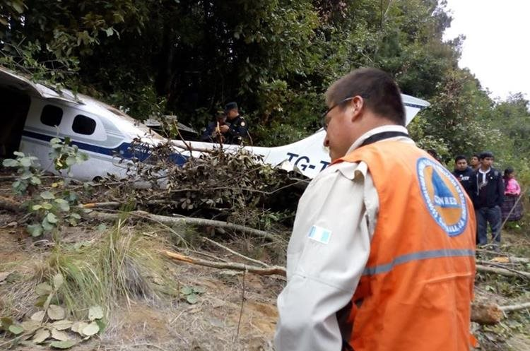 aeronaves - Accidentes de Aeronaves (Civiles) Noticias,comentarios,fotos,videos.  - Página 10 Df9e0438-5716-46d9-b5bf-5d4c9ac475af_750_497