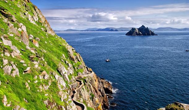 C'est de toute beauté : sites et lieux magnifiques de notre monde. Sdp12_skelligs_main