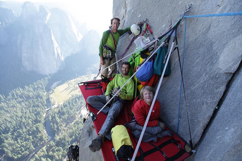 Zanimljivi putevi, staze, ceste 15-Photos-that-Show-Why-You-Should-Rock-Climb-at-El-Capitan-8