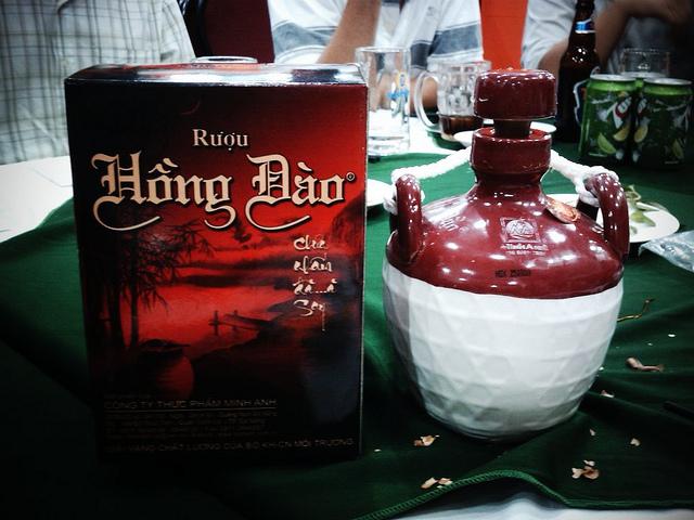 Chúc mừng sinh nhật Bác Minh Trí !. Ruou-hong-dao-quang-nam