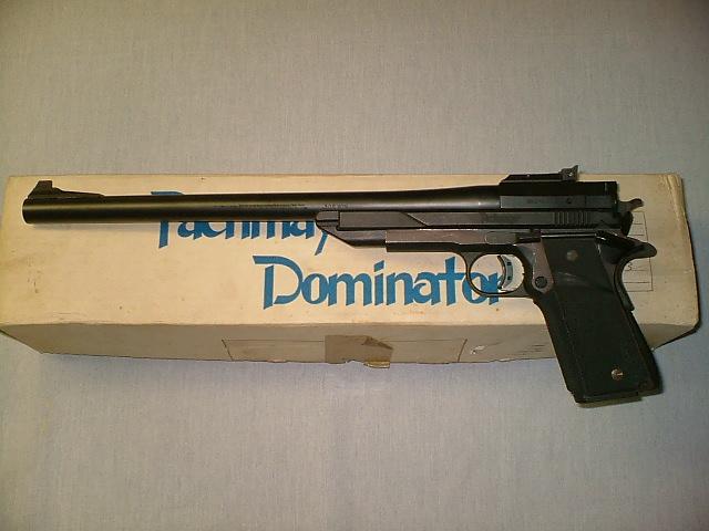 Les Pistolets : Zombies Killers Dominator3