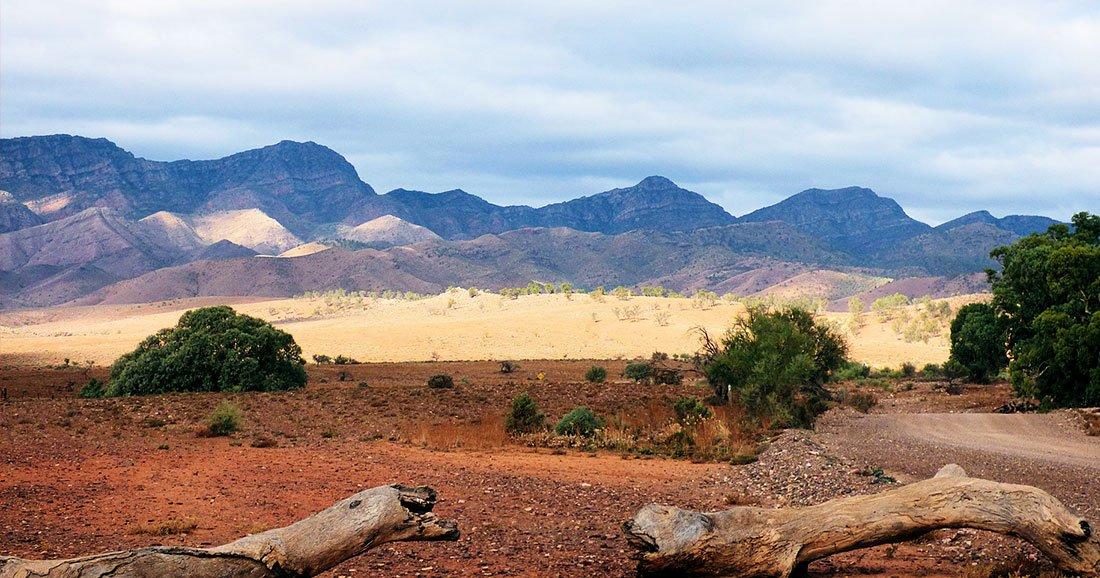 Ce promeneur découvre un camp aborigène vieux de 49 000 ans… lors de sa pause pipi ! Par Corentine Sys                      Une-camp-australie