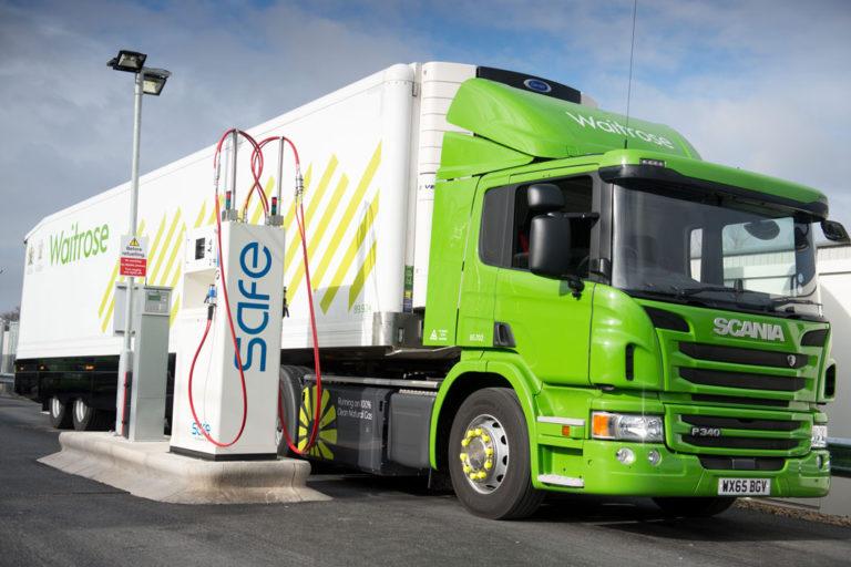 Ces camions roulent grâce à des déchets alimentaires ! Camion-dechets-alimentaires-1-768x512