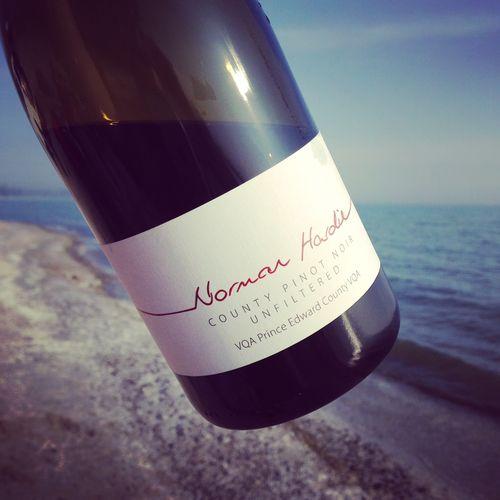 Semaine du 18 mai 2015 Norman-Hardie-County-Pinot-Noir-Prince-Edward-County-2013