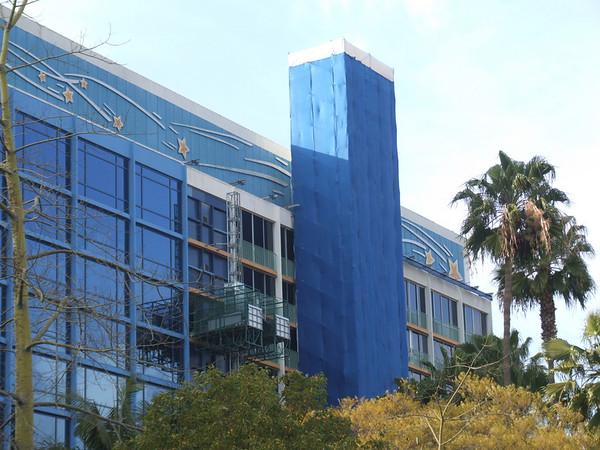 [Disneyland Hotel] Rénovation totale et nouvelles suites - Page 2 781270547_FsSUJ-M