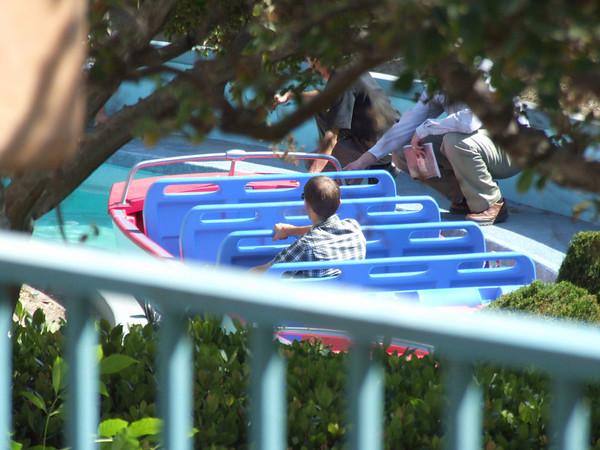 """[Disneyland Park] """"it's small world"""" victime du surpoids des américains (Réouv 06.02.09) - Page 2 374807415_tN9X5-M"""