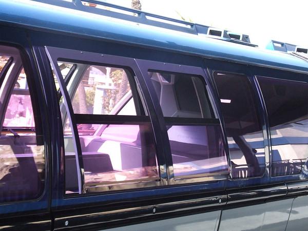 [Disneyland Park] Nouveaux Monorails - Page 3 586661292_3Xwfx-M