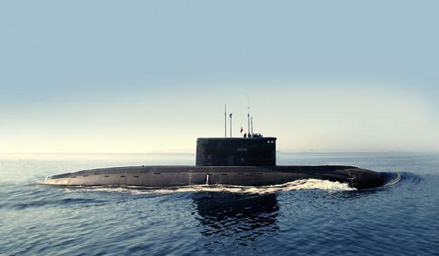"""روسيا تسلم فيتنام غواصة ثانية من طراز """"فارشافيانكا""""  Project-636-kilo-class-submarine"""