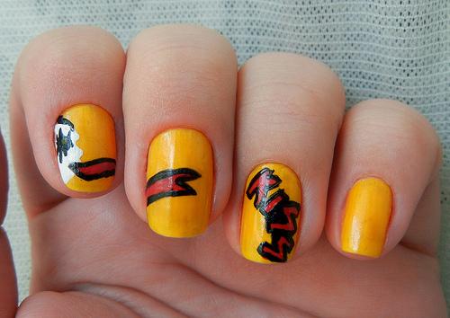 Make up and Nail up Nail-art-kiss_large