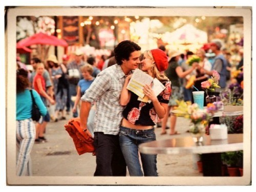 ICHABOD - fiche terminée. Dunst_elizabethtown_kirsten_dunst_kissing_movie_kiss_orlando_bloom-7350bfd2a615a0168dce97d4d27d1e35_h_large.jpg.scaled500_large
