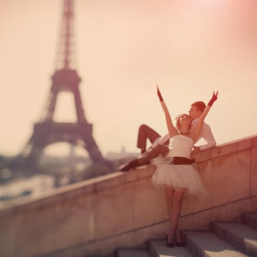 Paris city of love Beautiful-boy-couple-cute-dream-Favim.com-333117_large