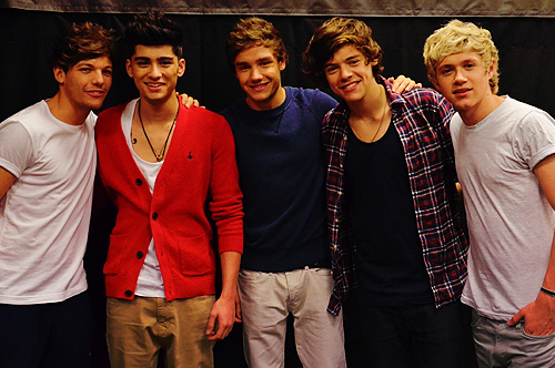 One Direction[2] - Page 4 Tumblr_m4yse53Icr1qdo7abo1_500_large