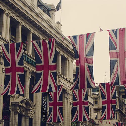 . London . Tumblr_m9p4zzmNSM1rphwmeo1_500_large