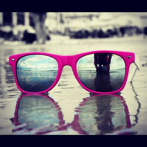 Ochelari de soare. - Page 5 Sunglasses-reflection-ocean-beach-pink-Favim.com-508596_large