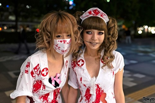 Cosplay au Japon. Le best of!!! - Page 3 Vamps-Halloween-Fashion-Tokyo-2012-072-600x400_large