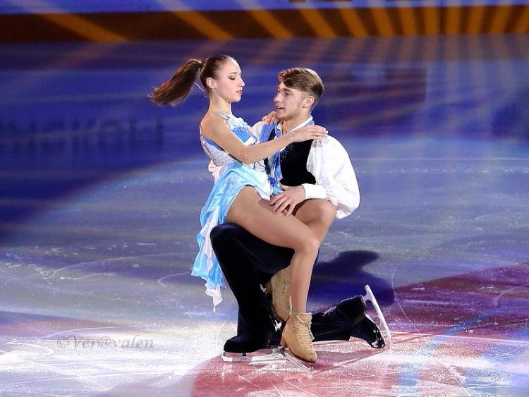 Кристина Астахова-Алексей Рогонов 339860-a4ba9-83926933-m750x740-ue54f9