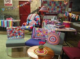 Дизайнерские идеи и милые уютности: кресла, стулья, пуфы, лампы, часы...  - Страница 3 163671-13a5a-84322074-h200-u43d24