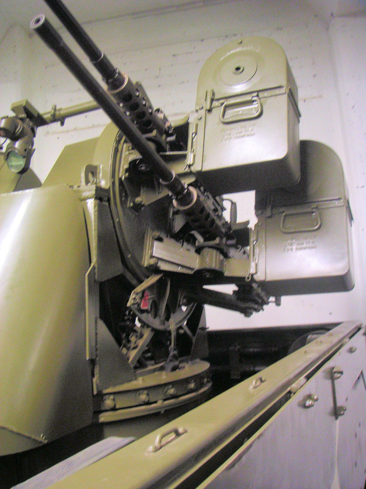 1943 M 16 HALF-TRACK  M-16 M16_half-track_07_of_14