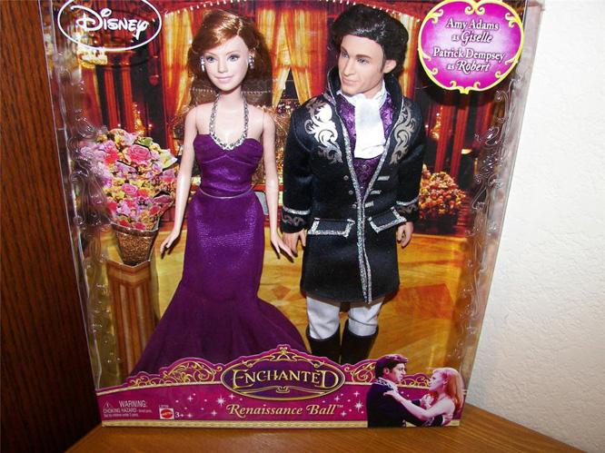 Quand Barbie devient une héroïne Disney... - Page 2 Coupledolls