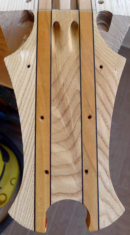 basse par un non luthier/non mélomane/non musicien - Page 4 DAG-III-C-048