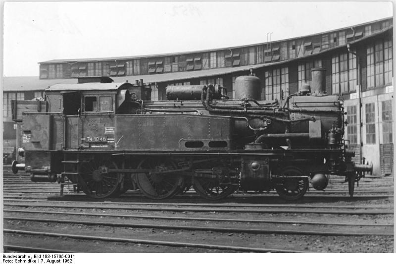 Réseau étagère de Jean-Paul - Page 5 Bundesarchiv_Bild_183-15765-0011__Dampflok_74_1046_(BR_74)