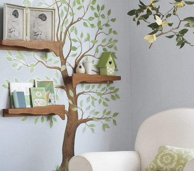 boujour besoin d'aide pour chambre de bébé Idee-deco-chambre-enfant-arbre-maisonnette-oiseau-peinture-murale-blanche