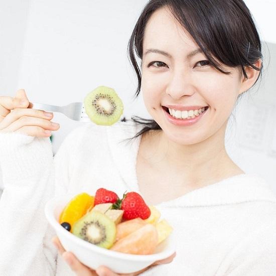 Nước hoa, mỹ phẩm: Các bước chăm sóc da dầu mụn hiệu quả Cham-soc-da-mun