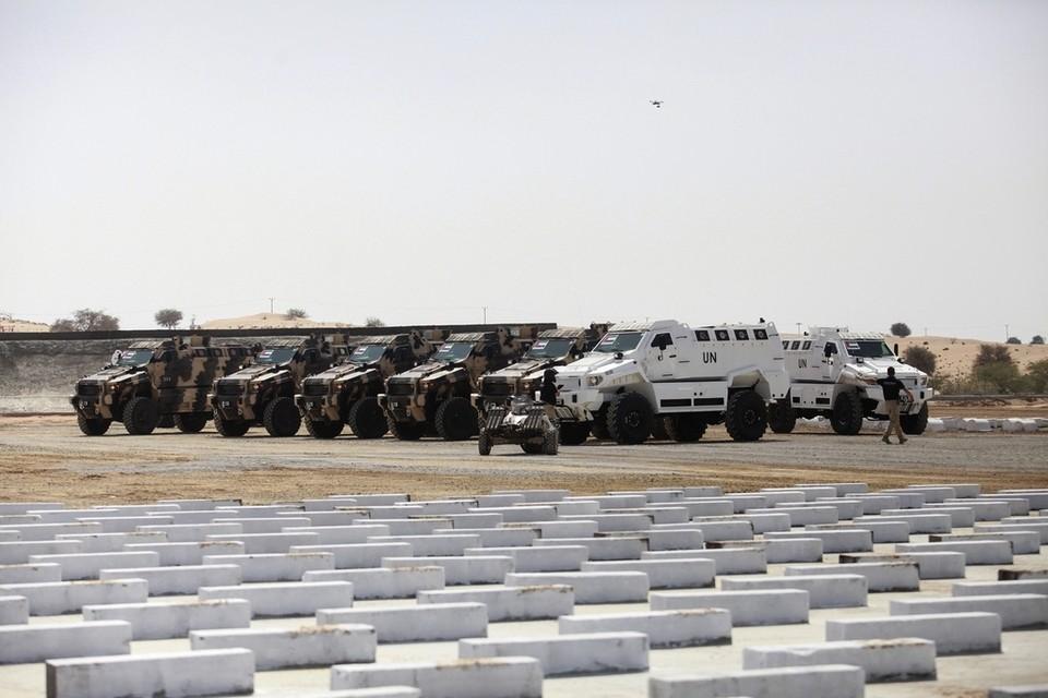 شركات بناء المركبات المدرعه و المصفحه في دولة الامارات العربيه المتحده  EP-15075229233