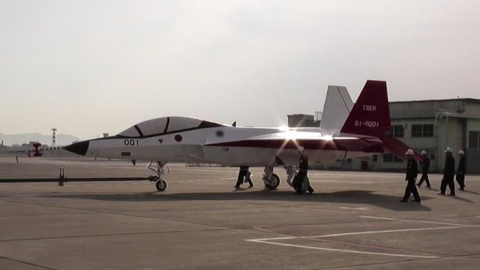اليابان تجرب مقاتلة اف 3 الشبحية في هذا الصيف F-3_150108_01-700x394