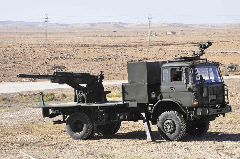 المدفع الهاوتزر عيار 105 ملم ذاتي الحركه من انتاج شركة KADDB الاردنيه  105mm1