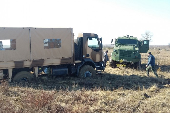 Ukrainian Ground Forces: - Page 3 21-03-16_006-1-696x463