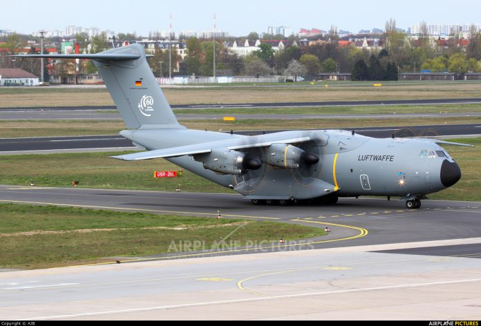 A400M Atlas: News 706347-696x472