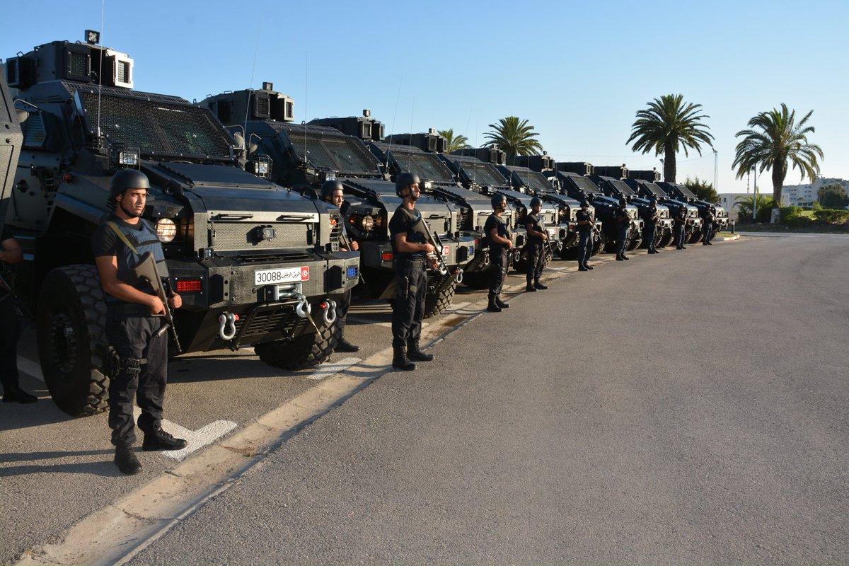 قريبا تسليم مدرعات للامن و الحرس الوطني التونسي من نوع تايفون - CpZdysCXgAAZw0b