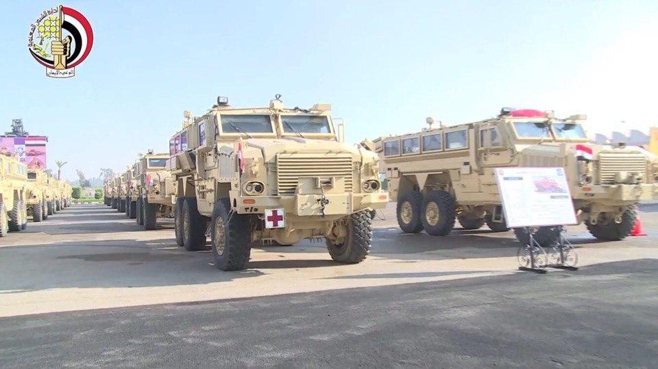"""القوات المسلحة المصرية تحصل علي المزيد من المركبات المدرعة المقاومة للالغام """" MRAP """" Ea4AUlkTp-Q"""
