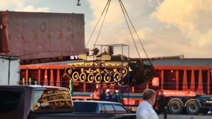 اوكرانيا تورد دفعه من دبابات T-84 Oplot-M الى تايلاند  14956427_230206837399874_3194041716348317775_n