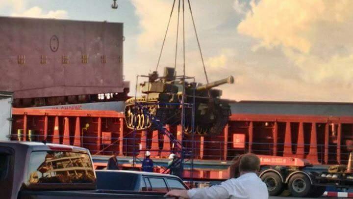 اوكرانيا تورد دفعه من دبابات T-84 Oplot-M الى تايلاند  15027406_230206817399876_4717896605140655787_n