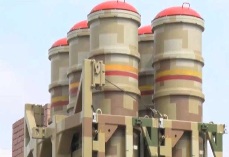 باكستان تستلم رسميا منظومات LY-80 من الصين  LOMADS-1