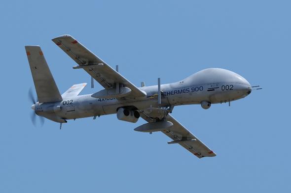 Israel:Economie, contrats d'armements, R&D, coopération militaire.. - Page 2 Hermes900