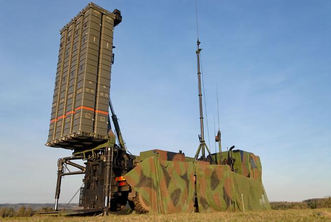 الدفاع الجوي التونسي : النقائص و الحلول Sampt_launcher650