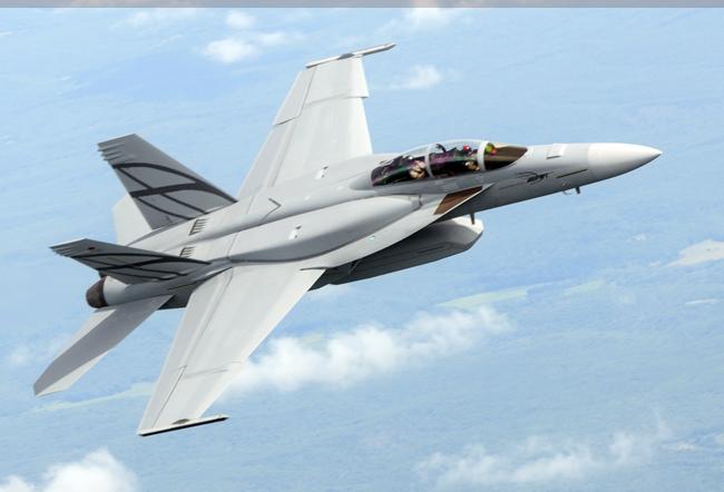 f-35 لا تستطيع تحملها لا مشكلة اليك الخطة البديلة :f-16 v الافعى السامة - صفحة 2 Advanced_super-hornet