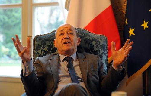 """Le Drian : """" La petite armée française rabougrie, dont j'entends parler, pourra refaire un Mali toute seule dans les années à venir """" 2005841587"""