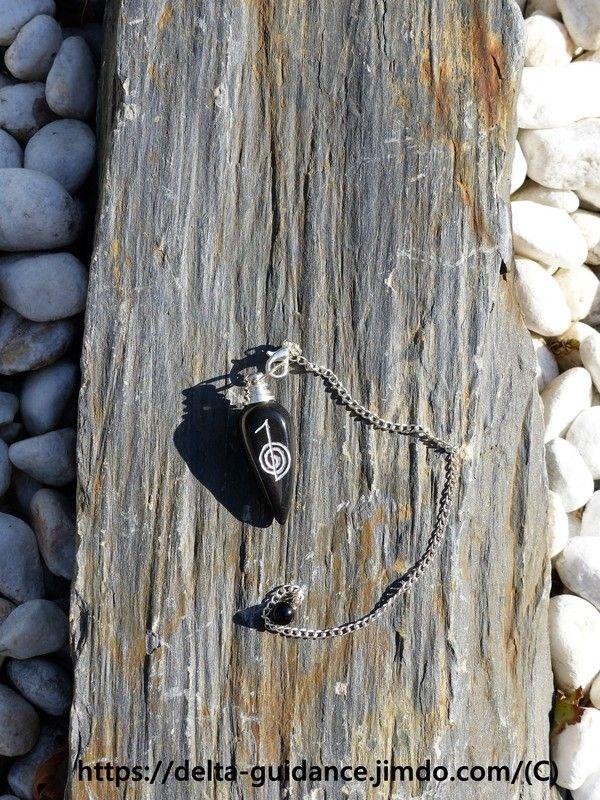 Les pendules en pierre 6f5805bb