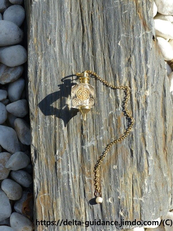 Les pendules en pierre Ddc7996c