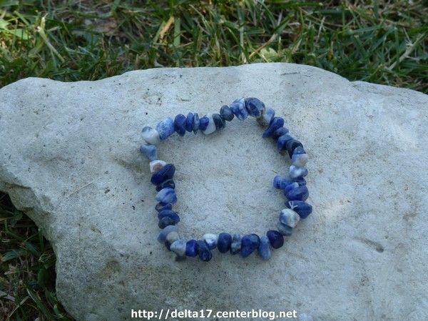 Les bracelets - Page 2 E322d039